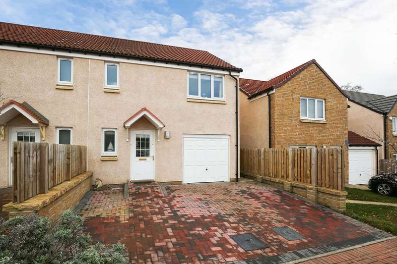 3 Bedrooms Semi Detached House for sale in Whitehouse Court, Gorebridge, EH23