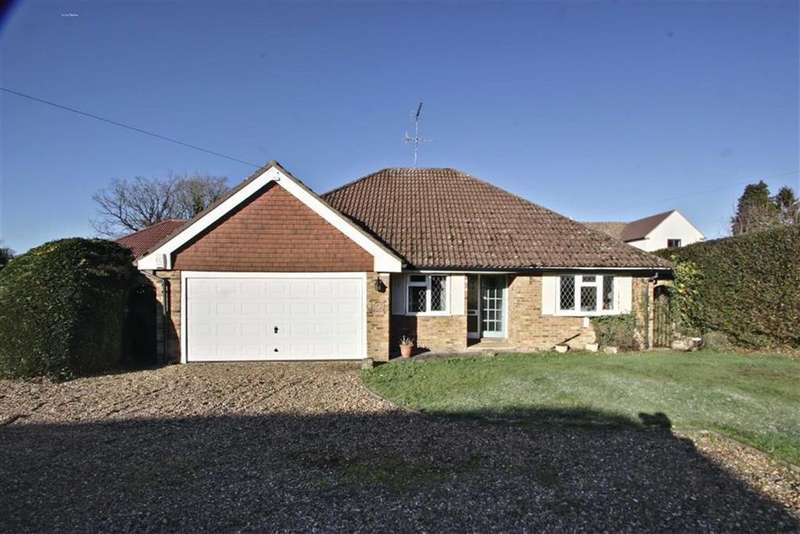 4 Bedrooms Detached Bungalow for sale in Chipperfield, Hertfordshire