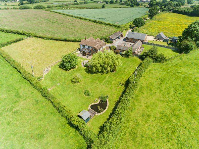 4 Bedrooms Detached House for sale in Church Eaton, Stafford