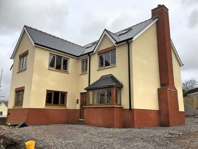 5 Bedrooms Detached House for sale in Cook Rees Avenue, Neath, Neath Port Talbot. SA11 1UN