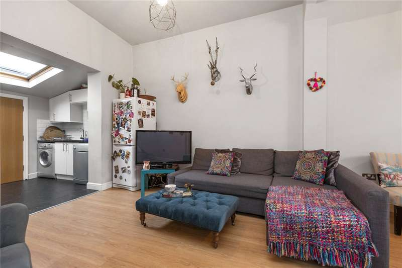3 Bedrooms Detached House for sale in Casterton Street, London
