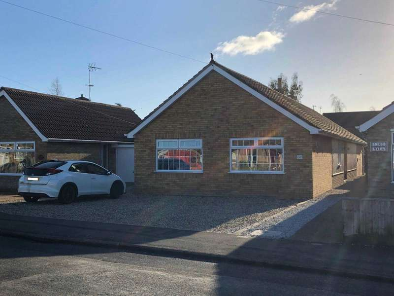 3 Bedrooms Link Detached House for sale in Robingoodfellows Lane, March