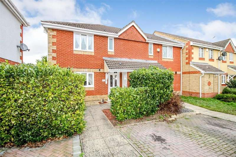 3 Bedrooms End Of Terrace House for sale in Cumbria Court, Farnborough , Hampshire, gu14