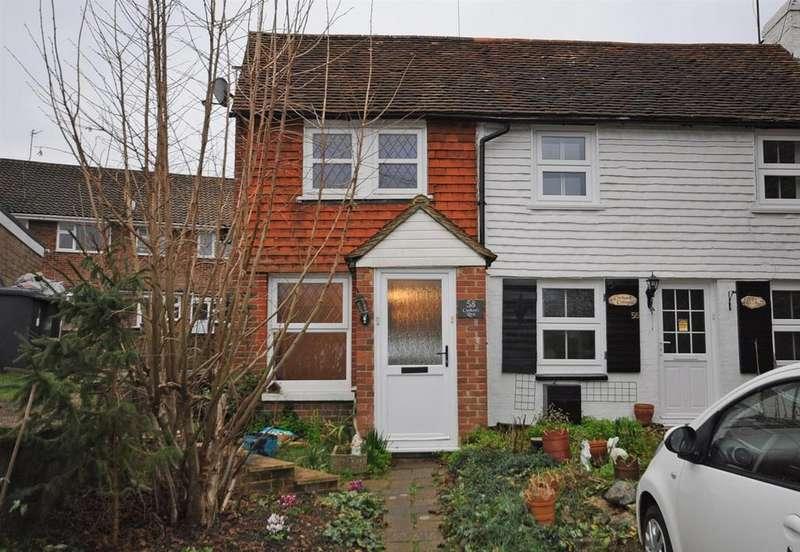 2 Bedrooms Semi Detached House for sale in Station Road, Hailsham