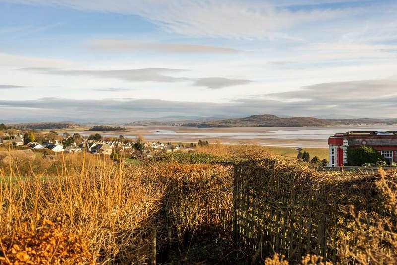 3 Bedrooms Detached House for sale in 5 Risedale Fold, Grange-over-Sands, Cumbria, LA11 7ET