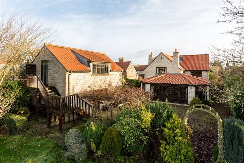 5 Bedrooms Detached House for sale in Main Street, Wombleton, York, North Yorkshire, YO62