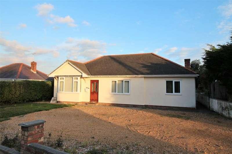 3 Bedrooms Bungalow for sale in Croeshowell, Burton, Rossett, Wrexham, LL12
