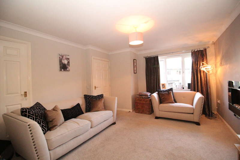 3 Bedrooms Semi Detached House for sale in Falstone Way, Hexham