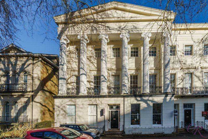 2 Bedrooms Apartment Flat for sale in St Georges Road, Cheltenham Town Centre
