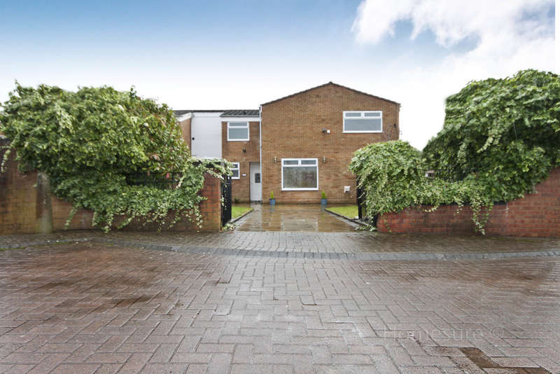 3 Bedrooms Semi Detached House for sale in Silverbrook Road, Liverpool