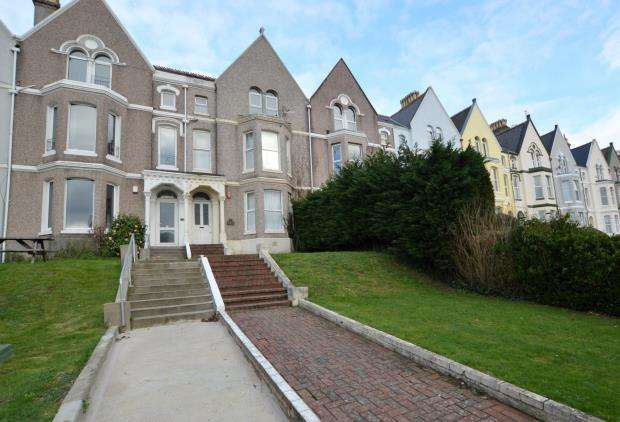 7 Bedrooms Terraced House for sale in Connaught Avenue, Plymouth, Devon