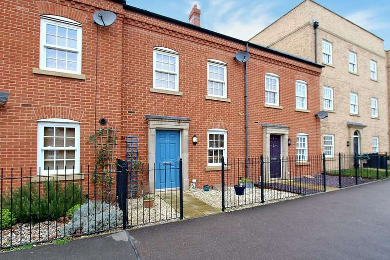 3 Bedrooms Terraced House for sale in Saxon Way, Great Denham, Bedford, MK40