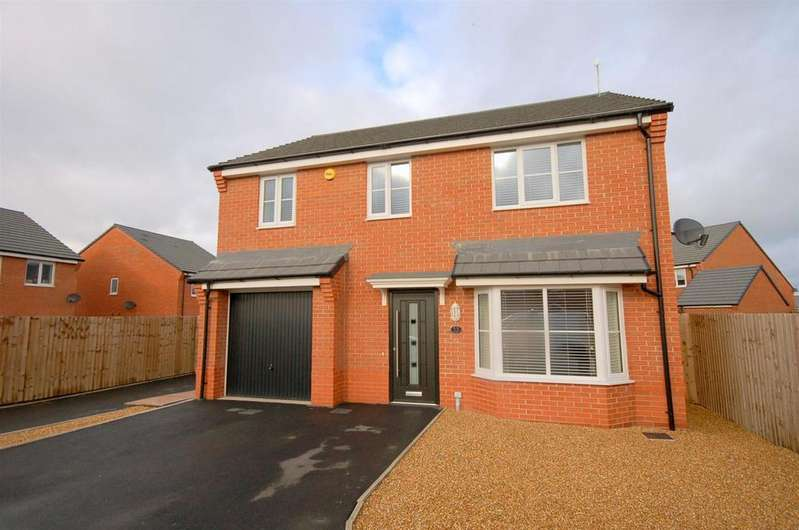 4 Bedrooms Detached House for sale in Church Field Close, Crewe