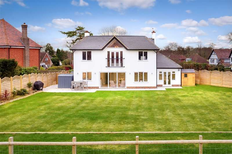 4 Bedrooms Detached House for sale in Chalmers Road, Banstead, Surrey, SM7