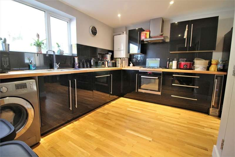 3 Bedrooms Terraced House for sale in Rodway Road, Tilehurst, READING, Berkshire