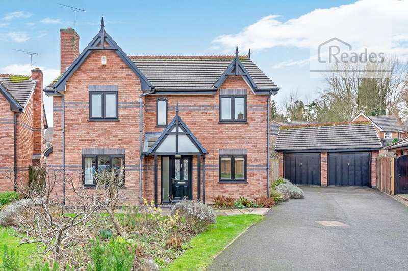 4 Bedrooms Detached House for sale in Cae Glas, Mold CH7 1