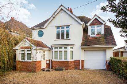 4 Bedrooms Detached House for sale in Hamble, Southampton, Hampshire