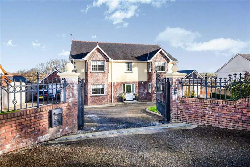 4 Bedrooms Detached House for sale in St Clears