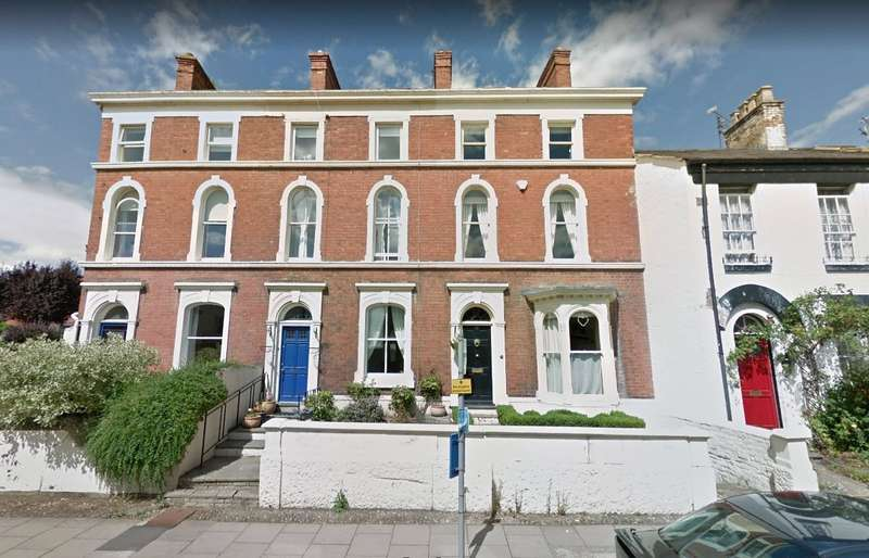 4 Bedrooms Terraced House for sale in 111 Abbey Foregate, Shrewsbury, Shropshire, SY2