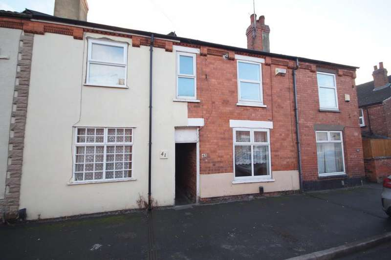3 Bedrooms Terraced House for sale in Henley Street, Lincoln