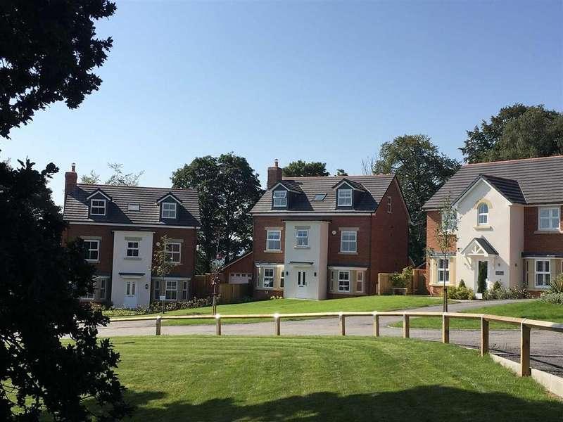 4 Bedrooms Detached House for sale in Pont Adam, Pont Adam Crescent, Ruabon