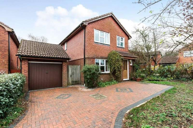 5 Bedrooms Detached House for sale in Feltham Close, Romsey, Hampshire, SO51