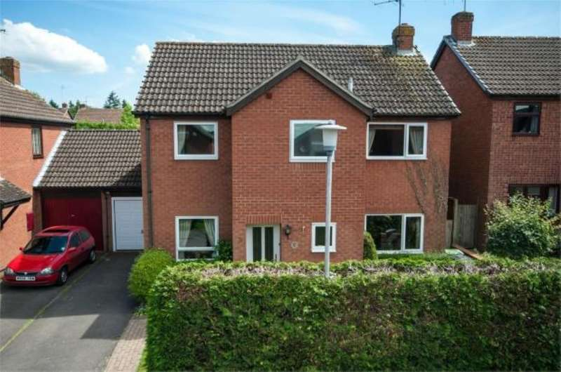 4 Bedrooms Link Detached House for sale in Valley Road, Burghfield Common, Reading, RG7