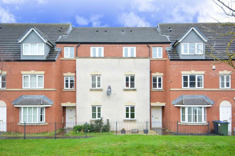 4 Bedrooms Terraced House for sale in William Savage Way, Smethwick, B66