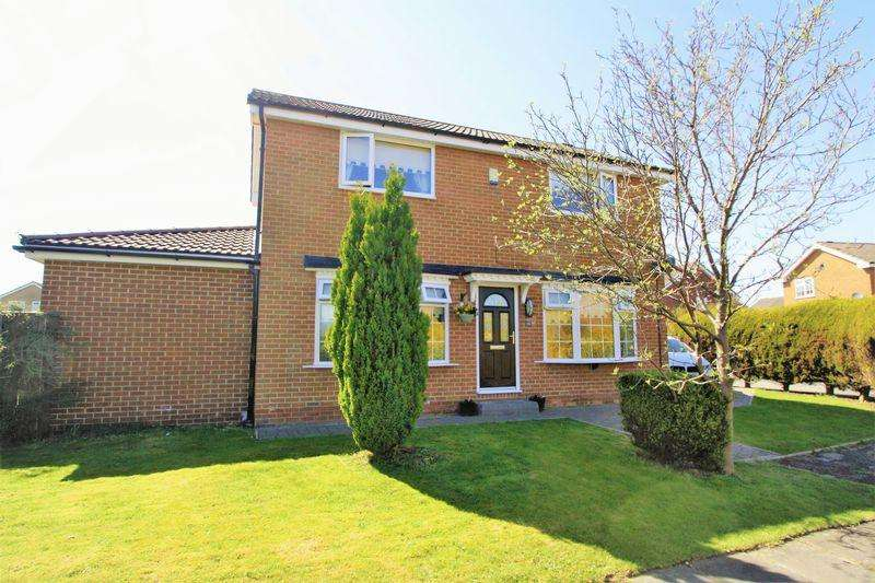 3 Bedrooms Detached House for sale in Norwood Close, Elm Tree, Stockton, TS19 0UP