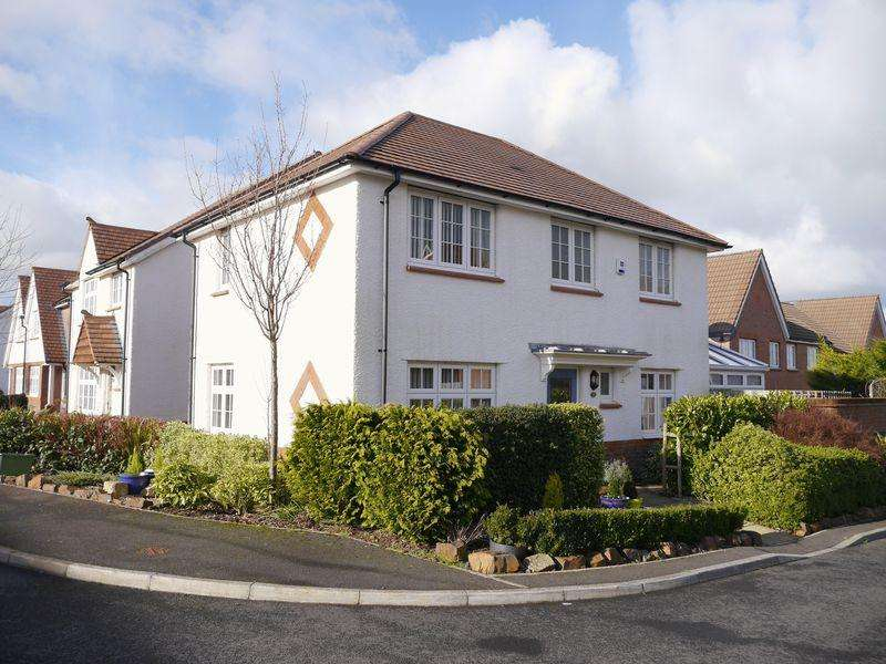 3 Bedrooms Detached House for sale in Holsworthy