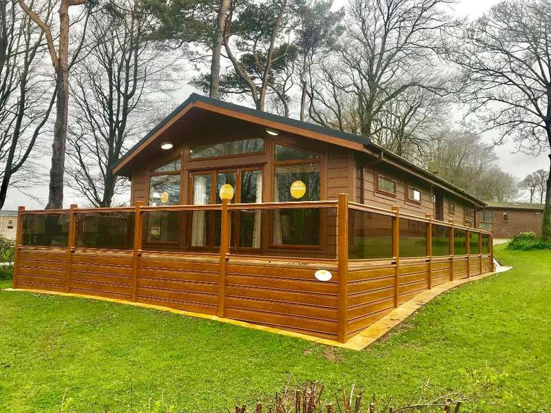 3 Bedrooms Mobile Home for sale in Uptopia Super Lodge, Plas Coch Holiday Home Park, Anglesey, LL61 6EJ