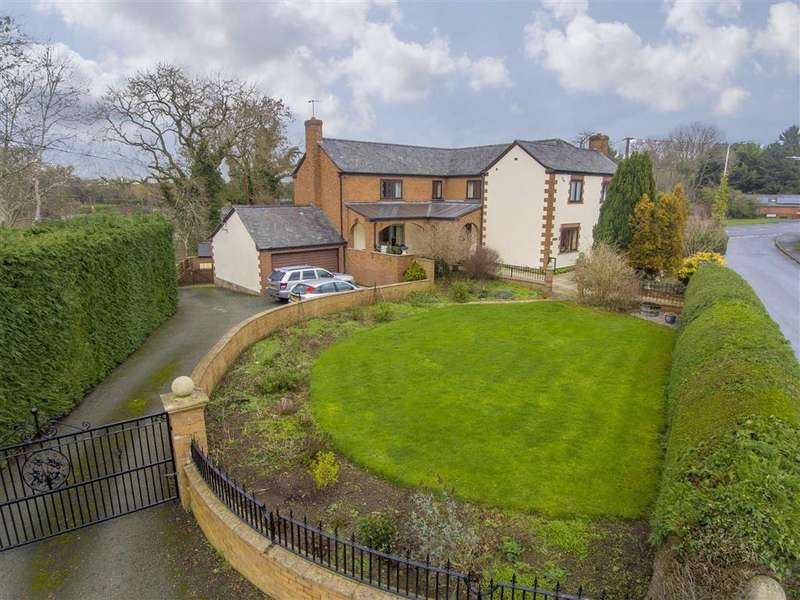 4 Bedrooms Country House Character Property for sale in Church Stoke, Montgomery, Powys, SY15