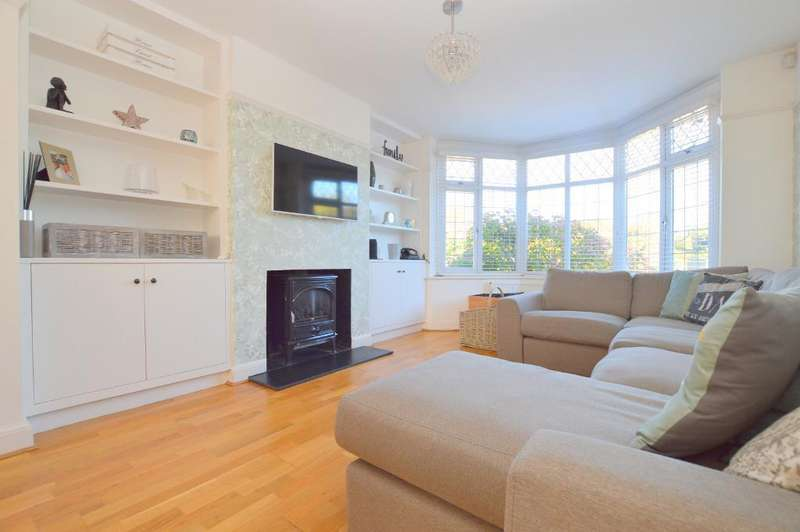 3 Bedrooms Semi Detached House for sale in Barton Road, Luton, LU3 2BN