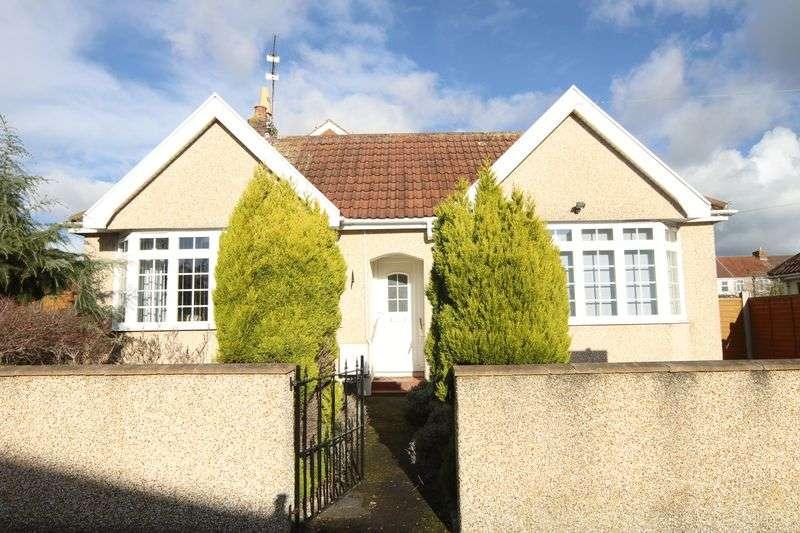 2 Bedrooms Property for sale in Abbots Avenue Hanham, Bristol