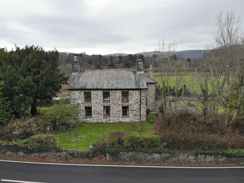 4 Bedrooms Detached House for sale in Eglwys Fach, Machynlleth, Powys, SY20