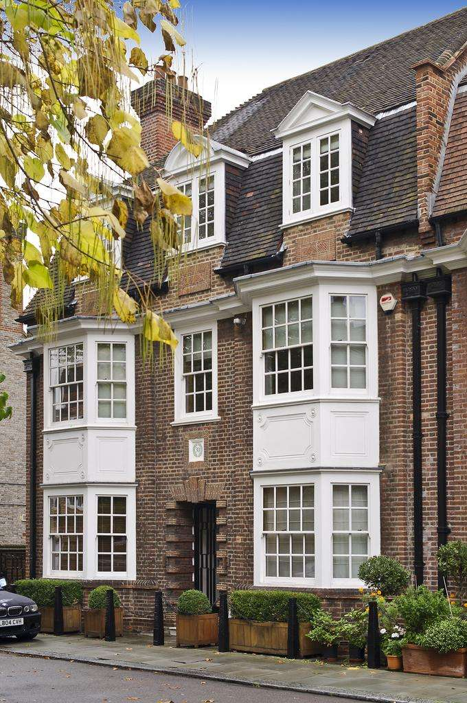 7 Bedrooms House for sale in Chelsea Park Gardens, London. SW3