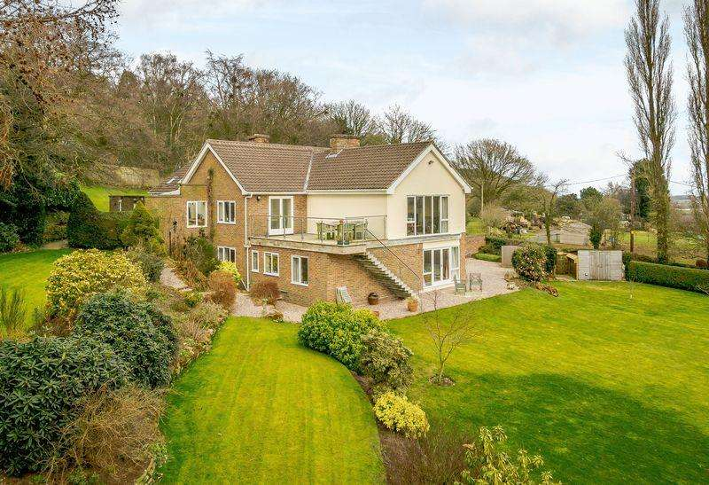 5 Bedrooms Detached House for sale in Bickerton, Nr. Malpas