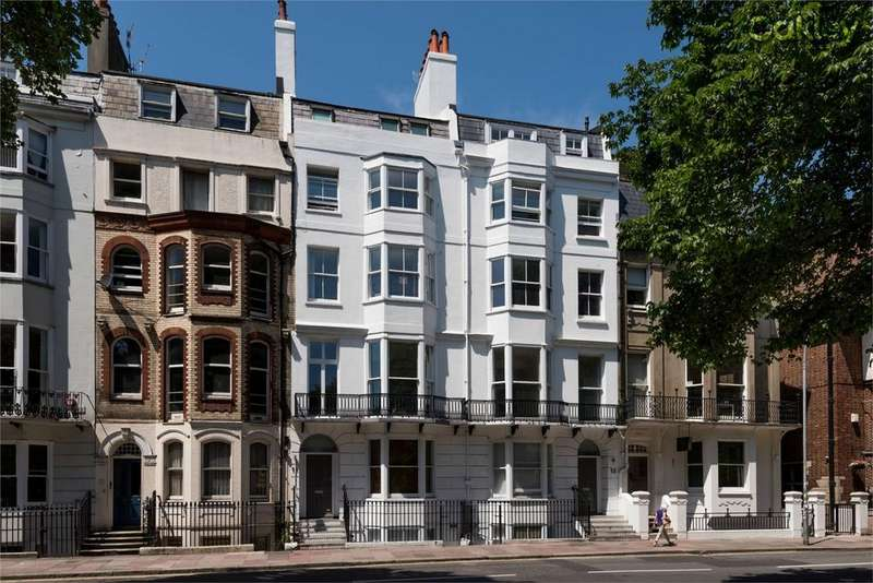 2 Bedrooms Flat for sale in Marlborough Place, Central Brighton