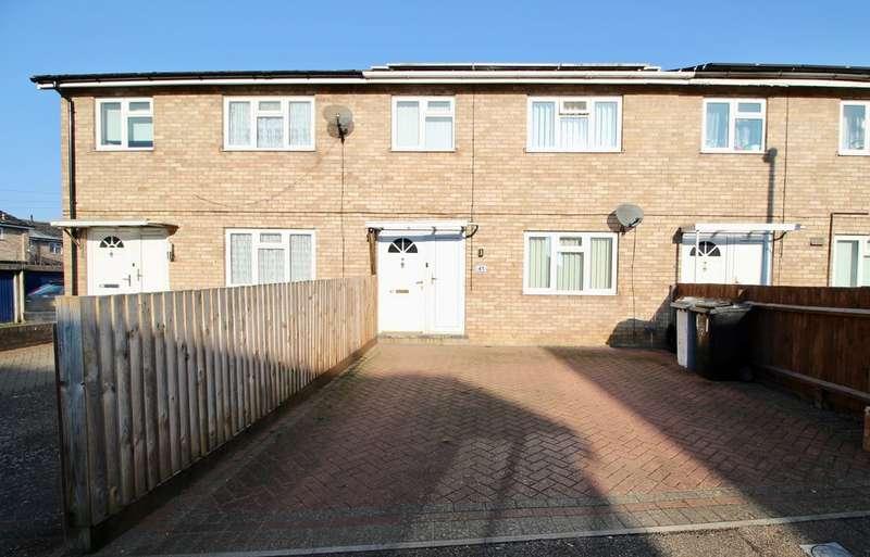 3 Bedrooms Terraced House for sale in Elizabeth Road, Stamford PE9
