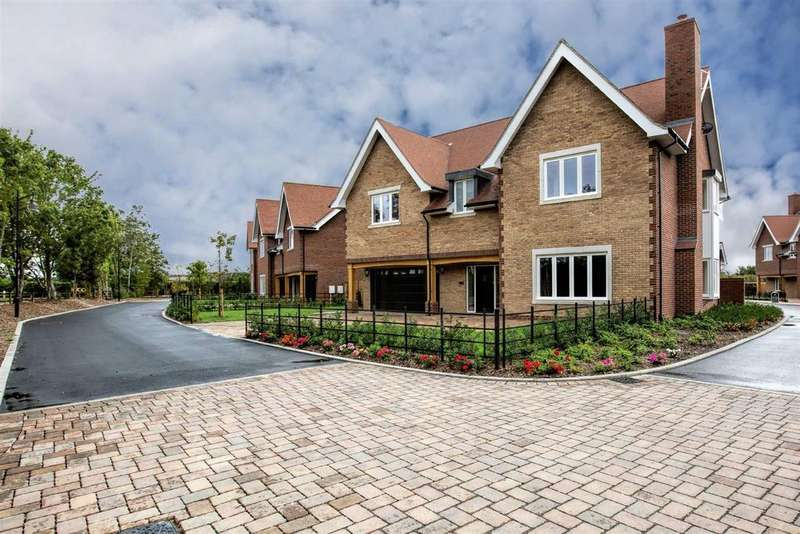 5 Bedrooms Detached House for sale in Bulphan