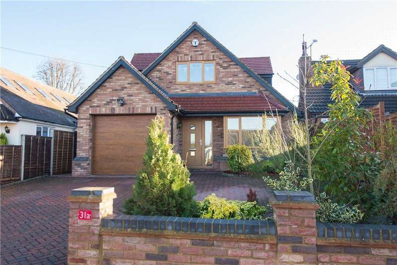 3 Bedrooms Detached House for sale in New Road, Bromham, Bedford, Bedfordshire