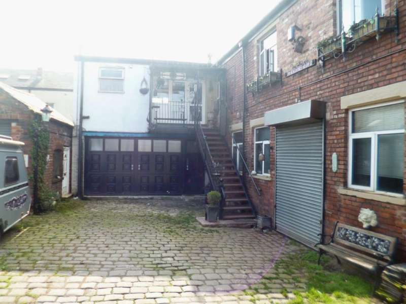 3 Bedrooms Commercial Property for sale in Canal Street, Hyde, Stockport, Cheshire
