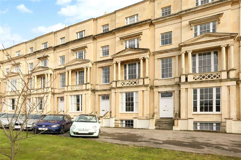 3 Bedrooms Apartment Flat for sale in Evelyn Court, Malvern Road, Cheltenham, Gloucestershire, GL50