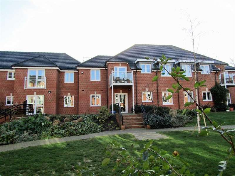 2 Bedrooms Retirement Property for sale in Park House, Old Park Road, Hitchin, SG5