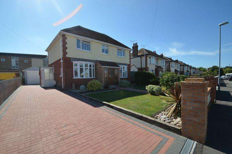 3 Bedrooms Detached House for sale in Marina Gardens, Rodwell