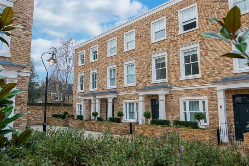 4 Bedrooms House for rent in Palladian Gardens, Chiswick, W4