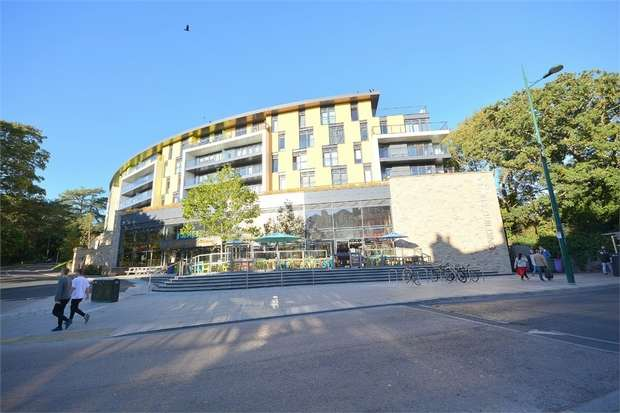 2 Bedrooms Flat for sale in The Citrus Building, 24, Madeira Road, Bournemouth