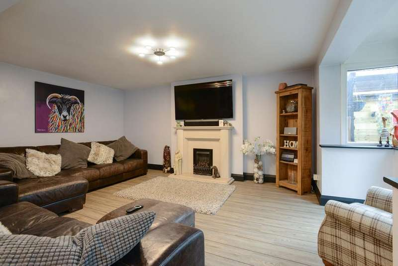 4 Bedrooms Detached House for sale in Highfield Road, Little Eaton