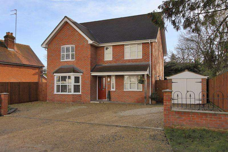 5 Bedrooms Detached House for sale in Bloomfield House, Whynot Lane, Andover