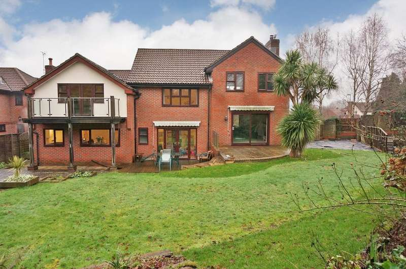 4 Bedrooms Detached House for sale in SWALLOW WOOD, FAREHAM